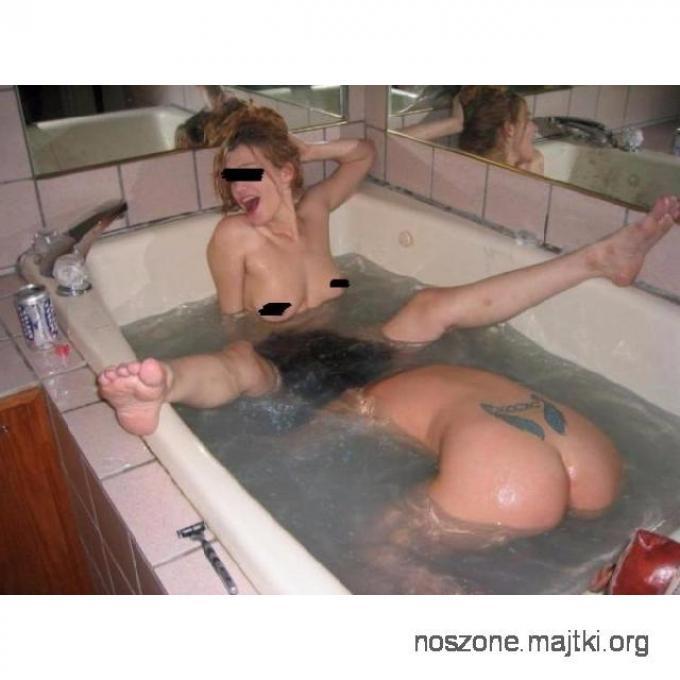 Dwie Napalone Studentki ( Zdjęcia, majteczki, rajstopki )